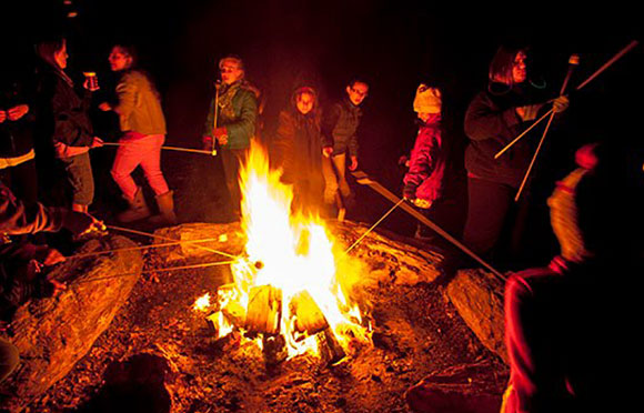 gallery_thumb_hayridesbonfires